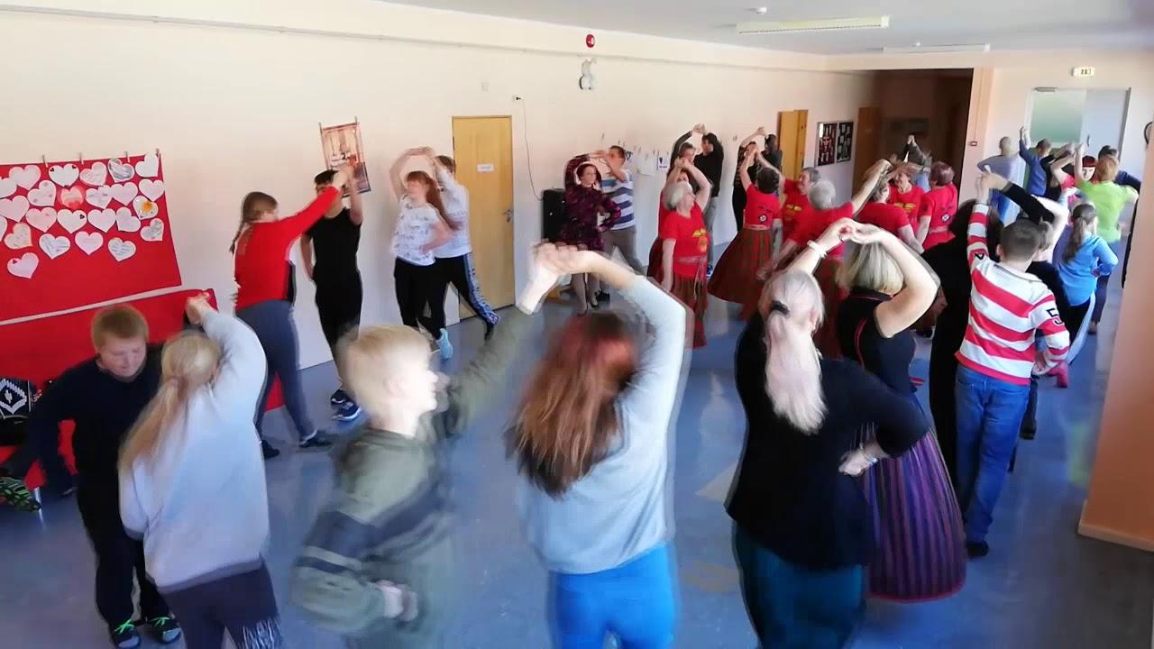 rahvusvaheline_tantsupaev_2019_-_kivi-vigala_kaaksuvad_karmoskad_ja_padevad_pastlad